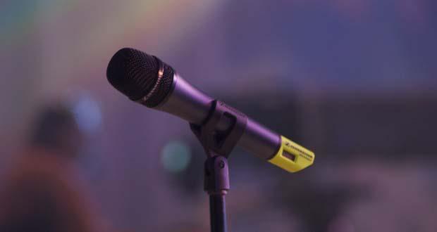 Microphone_2217562952_o-620x330